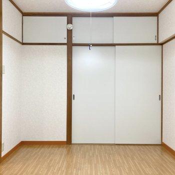 【東側洋室】