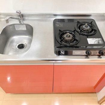 流しが小さいので洗い物はこまめに。(※写真は5階の同間取り別部屋のものです)