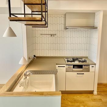 【カスタマイズ2-2】キッチンを選ぶ(L字型対面システムキッチン)※家賃+3,000円 ※画像はイメージになります