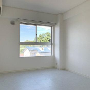【カスタマイズ4-5】床材を選ぶ(寝室部分 / ホワイト系タイル)※画像はイメージになります
