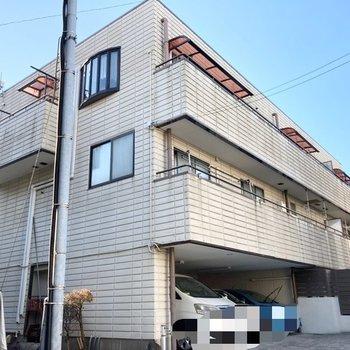 しっかりした造りのマンションです。