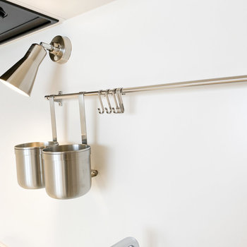 調理器具などをこちらに掛けておくこともできます