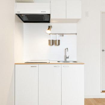 お部屋の雰囲気に合った白いキッチン