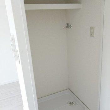 洗濯機置き場になっていました!扉で隠せるのが嬉しいね。(※写真は8階の同間取り別部屋のものです)