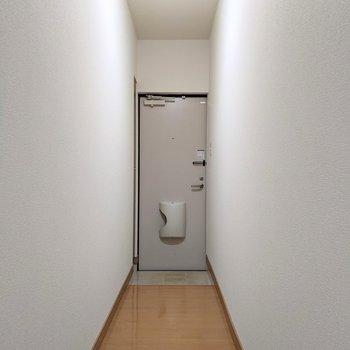 廊下部分は長めです〜。