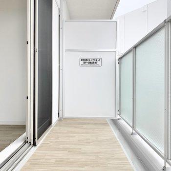 個室】バルコニーはゆったりサイズ。
