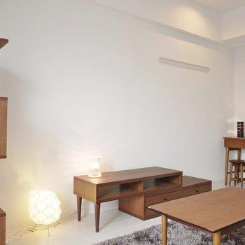 いろんな家具で彩りましょう♪(※写真は9階の同間取り別部屋、モデルルームのものです)