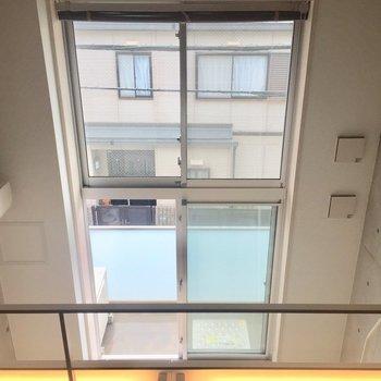ロフトからの眺め①、大きな窓にうっとり。※写真は前回募集時のものです