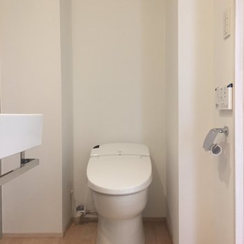 トイレはウォシュレットもありますよ〜!※写真は前回募集時のものです