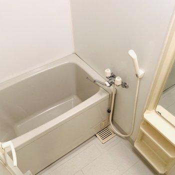 バスルームもすっきりと。