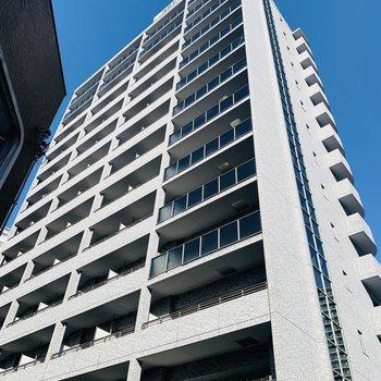 14階建ての4階のお部屋。