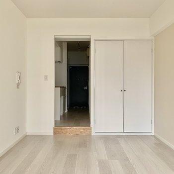 居室スペースは約8帖。