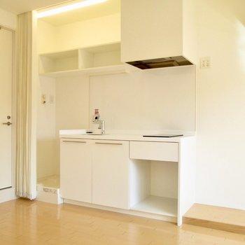 キッチンも広くて使いやすく。※写真は2階の同間取り別部屋のものです