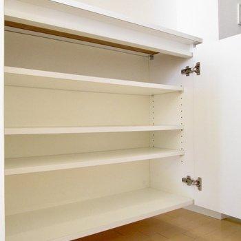 シューズボックスもたくさん入りそう。※写真は2階の同間取り別部屋のものです