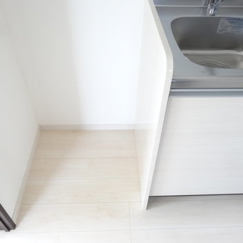 こちらに冷蔵庫を。(※写真は3階の同間取り別部屋のものです)