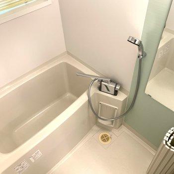 お風呂の水栓レバーも交換済み〜〜!