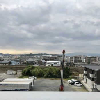 かなり開けた眺望です♬(※写真は5階の別部屋からの眺望です)