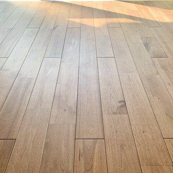 【LDK】この無垢床がおすすめポイント!※写真はクリーニング前です