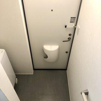 1階の玄関スペースです。