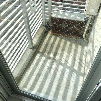 バルコニーもコンパクトに。※写真は3階の反転間取り別部屋のものです