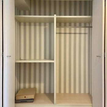 【LDK】クローゼットも使いやすそう。※写真の家具はサンプルです