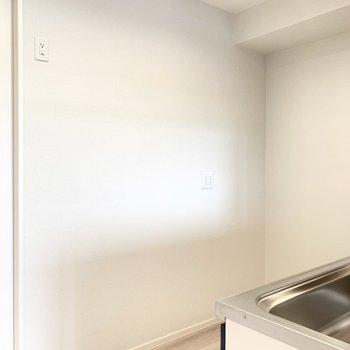 【LDK】後ろ側に冷蔵庫を置けます。