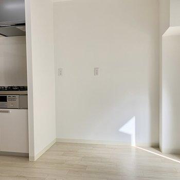 キッチンの右横にもスペースがありました
