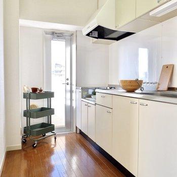 【キッチン】こちらはキッチンスペース。
