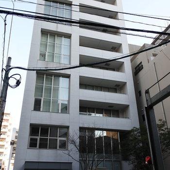 外観からおしゃれです。そして1階がパン屋ってのもポイント高い◎