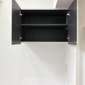 上に、収納ボックスが付いているので、洗剤や掃除用品を保管するといいかも。