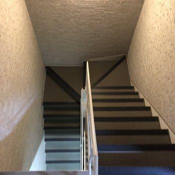階段です。引っ越しするときには気をつけましょう。