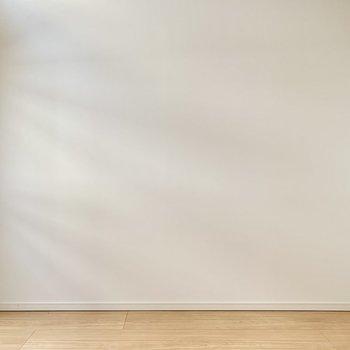 壁寄せで家具を置きやすい。