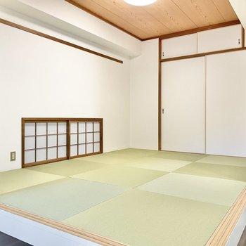 琉球畳が敷かれた和室。お昼寝も気持ちよくできそう。