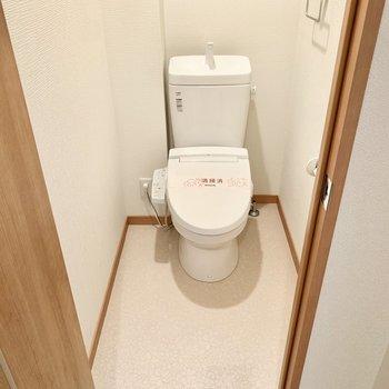 トイレはウォシュレット完備です○