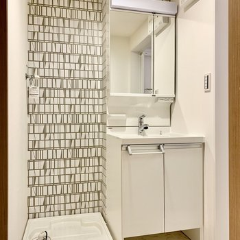独立洗面台はノズルが伸びるから洗いやすい!