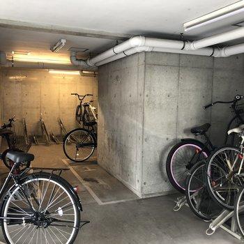 駐輪場も広めです。