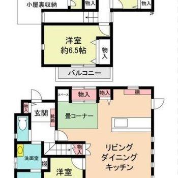 間取りは4LDKに小屋裏部屋と畳スペースが付いています。