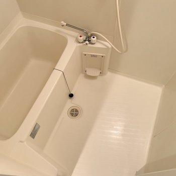 浴室はシンプル!寛げそう。