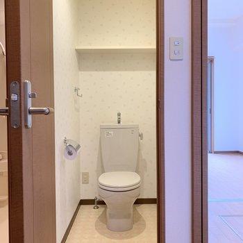 トイレは温水洗浄便座付き!