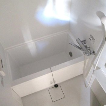 浴室乾燥機・追焚き付きです※写真は前回募集時のものです