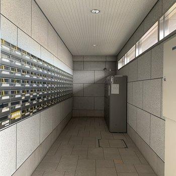 【共用部】郵便ポストはこちらです