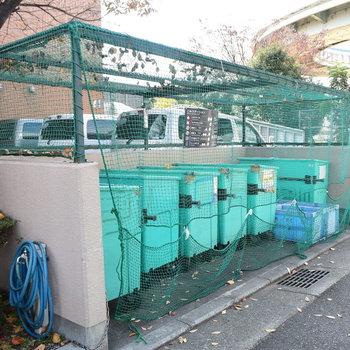 【共用部】ゴミ捨て場はカラス対策ばっちり