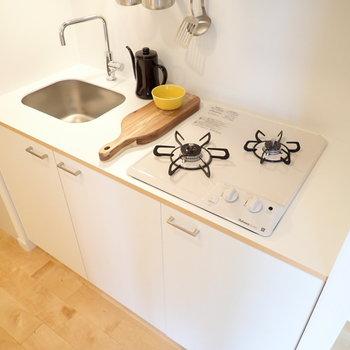 イメージ】キッチンはガスコンロ式!お料理もしやすい設計です◎