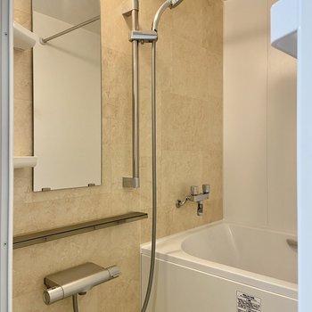 浴室乾燥機つきなので梅雨や花粉の時期も安心です。
