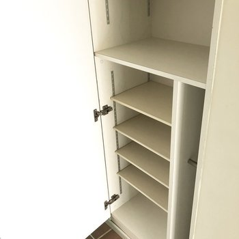 これなら安心な容量です。(※写真は7階の反転間取り別部屋のものです)