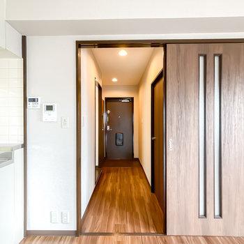 その他の水回りは廊下に出て左にある脱衣所に集結しています。