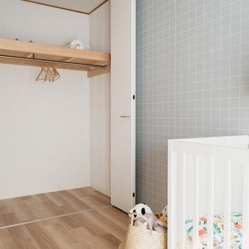 収納も、十分な広さがありますね。※写真は同間取りの別部屋、家具は付属しません