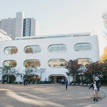 駅南側の「武蔵野プレイス」は子育て世帯にはとてもありがたい施設です。