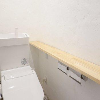 奥まで続くカウンターも便利に使えそう。手洗い器付きなのも嬉しいところ。