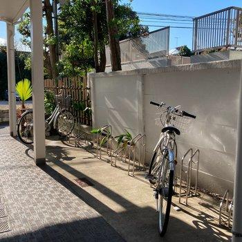 駐輪場もあります。自由が丘サイクリングを楽しめそうです。